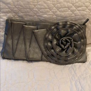 High Fashion clutch with zippered flower design